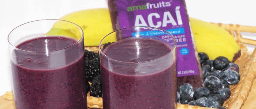 Açaí Berry Bonanza Smoothie with ingredients